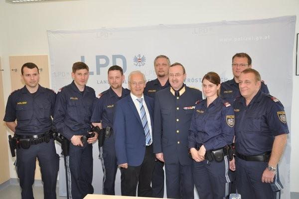 Bedienstete der Polizeiinspektionen Gablitz, Pressbaum und Purkersdorf